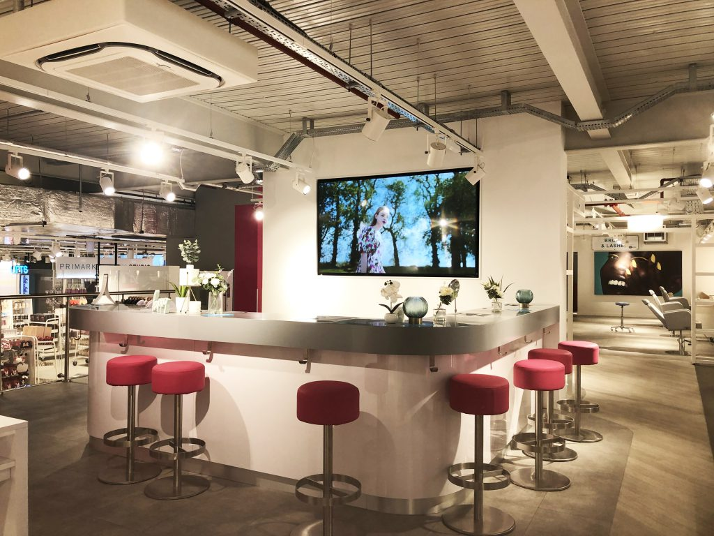 creating experiential environment inside retail